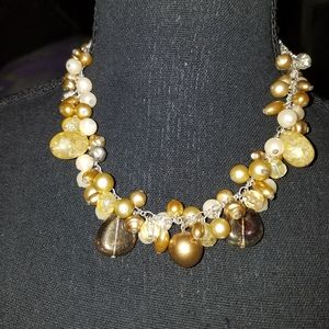 Jewelry - Cluster Bead Short Necklace